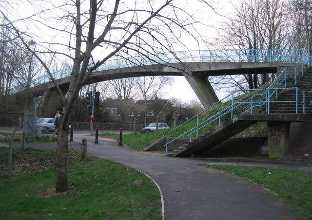 Footbridge across Worting Road
