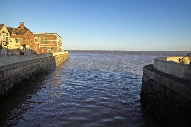 Old Fish Dock - Lock Entrance