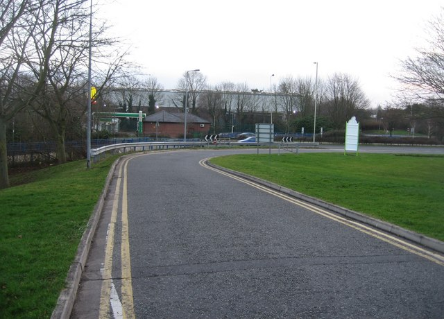 Approach road to the Leisure Park
