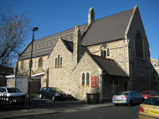 Ponders End: Church of St Matthew