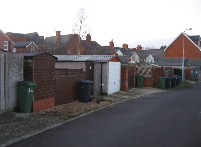 Garages behind Queens Road