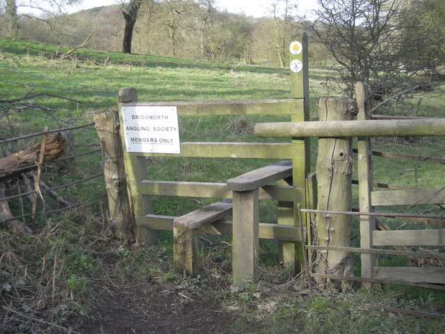 Stile to the Severn Way - members only fishing