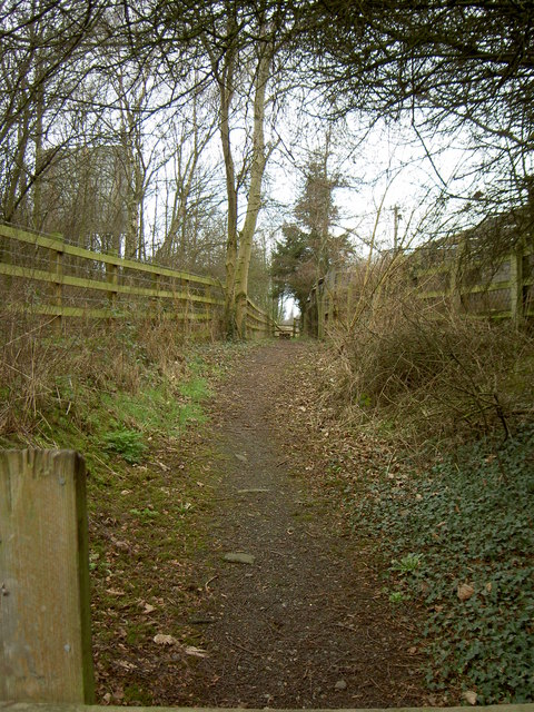 Footpath to Storeton.