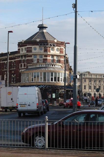 Yates`s Wine Lodge Blackpool