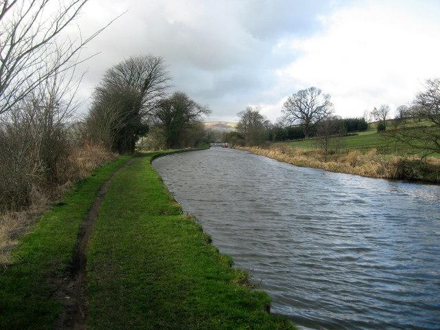 Approaching Grange Bridge