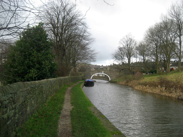 Canal at Kildwick