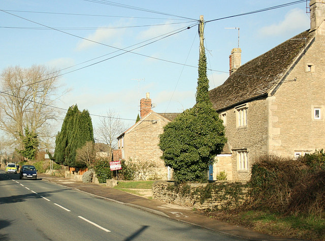 2008 : Cottages near Shaw