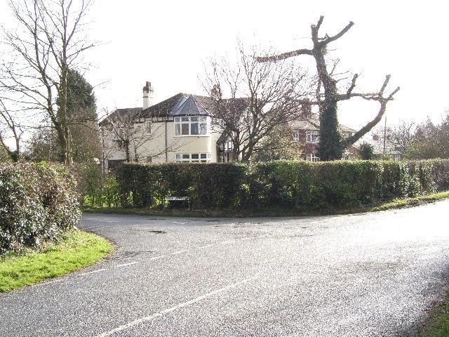 Road junction, Hare Lane