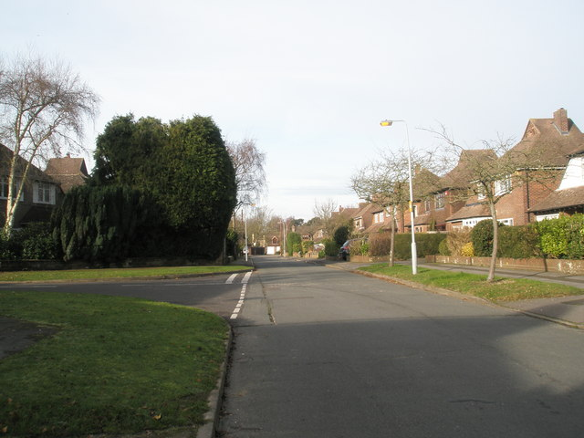 Junction of Norris Gardens and Pembury Road