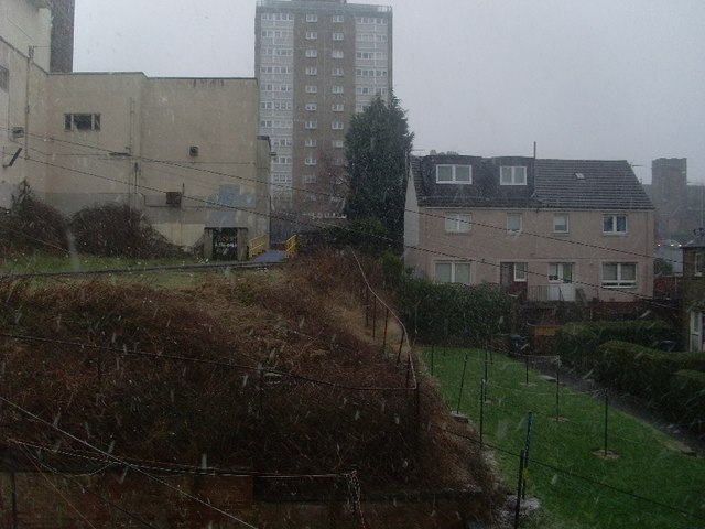 Snow flurry in Clydebank