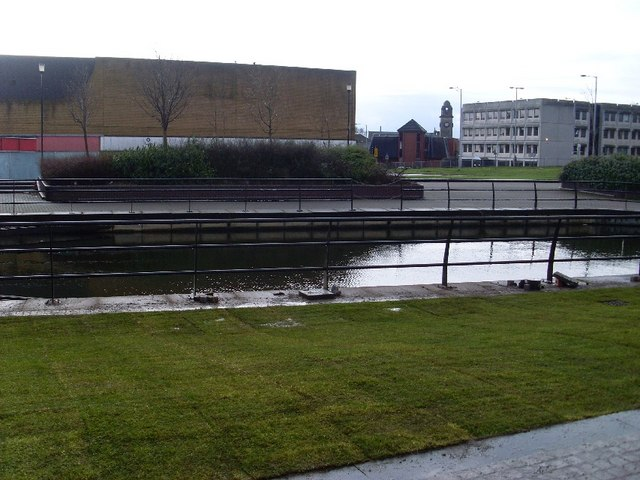 Canal in Clydebank centre