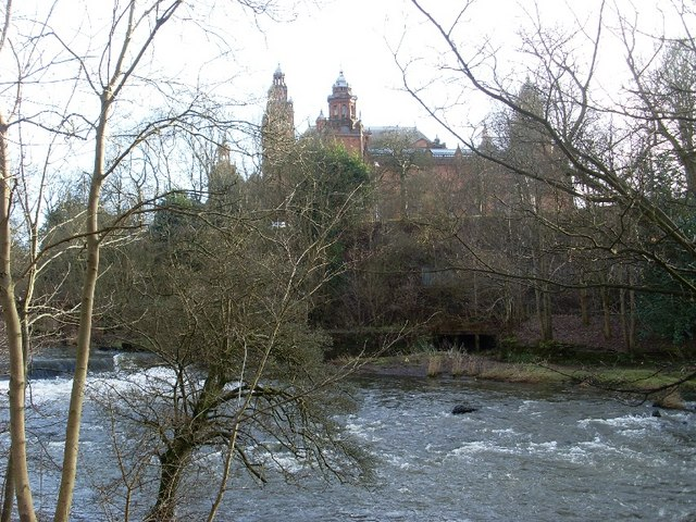 River Kelvin and Kelvingrove Art Gallery