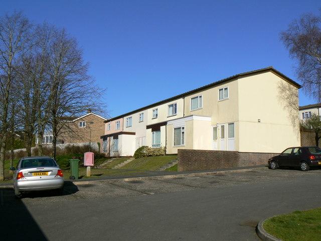 Winklebury Estate housing - off Kenilworth Road