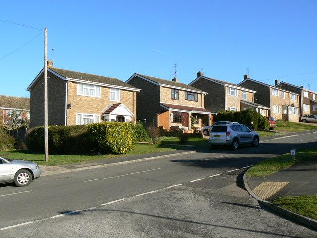 Kenilworth Road - Pendennis Close junction