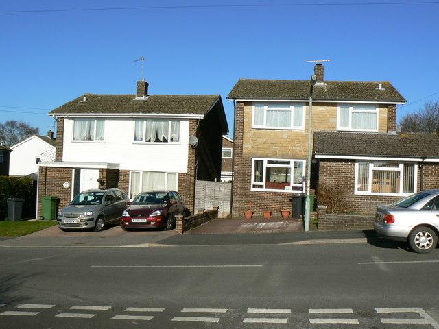 Houses facing Pendennis Close