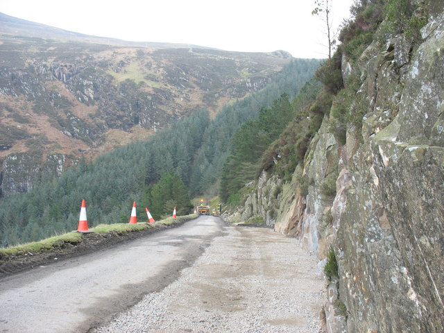 A new passing point on the Porth-y-Nant access road