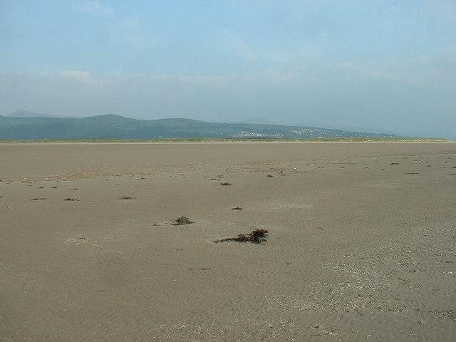 South Bank, looking inland towards Harlech