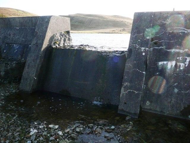 Reservoir outfall