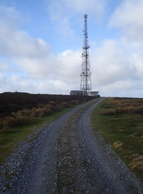 The communications mast on Black Mixen