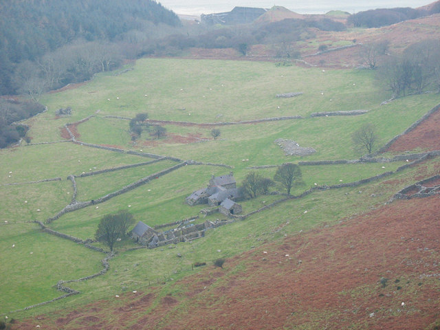 Farmland on the floor of Nant Gwrtheyrn
