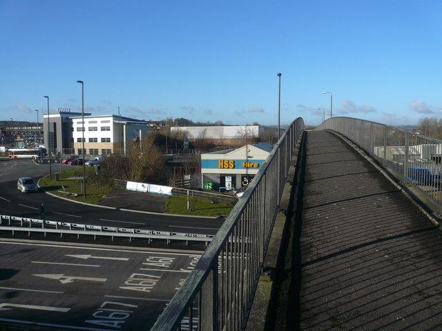 Crossing Footbridge over A61 at Horn's Bridge