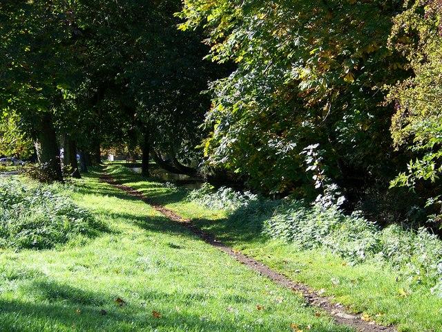 Path beside Brompton Beck