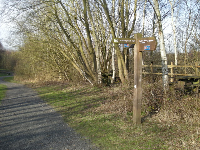 Sustrans National Route 45 signpost