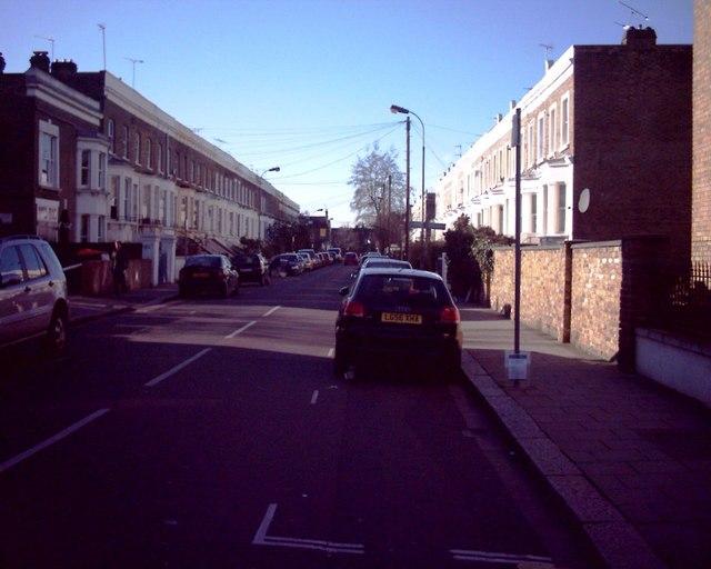 Ellerslie Road, W12 (2)
