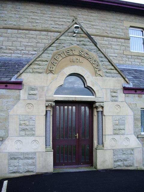 Lumb Baptist Church, Doorway