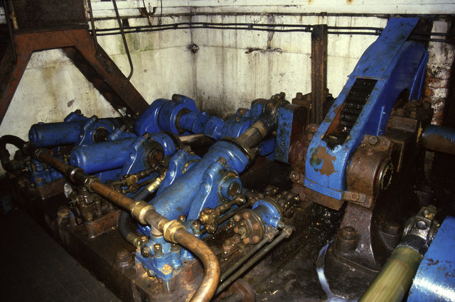 Swing bridge machinery, Wilderspool, Warrington