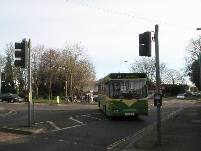 27 bus at Green Pond Corner