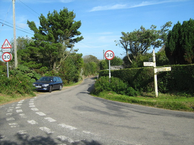 Road junction at Lower Ninnes