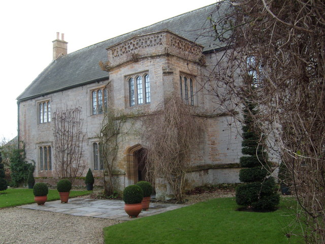 Middle Lambrook Manor