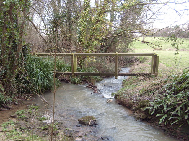 Footbridge over Lambrook Brook