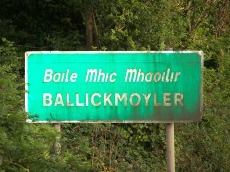 Entering Ballickmoyler from the West