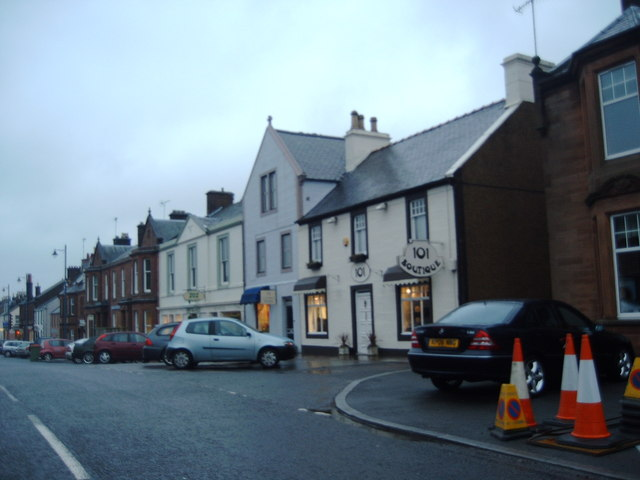Shops on Drumlanrig Street, Thornhill