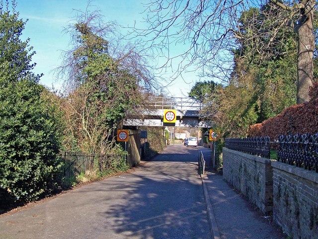 Railway bridge, Church Lane
