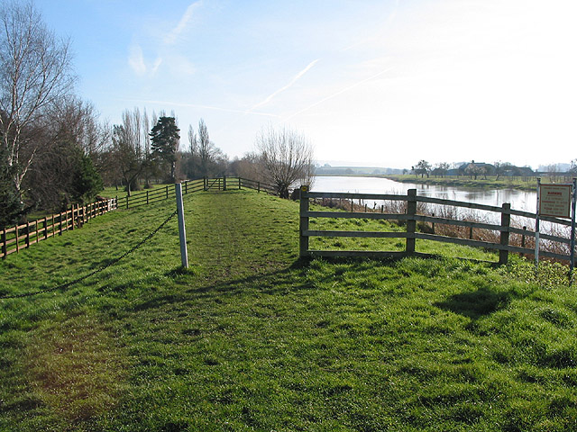 Gloucestershire Way Footpath