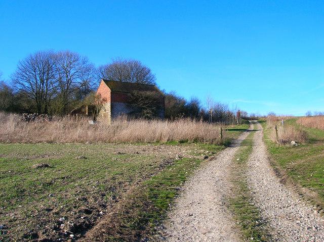 Barn near Lower Standean