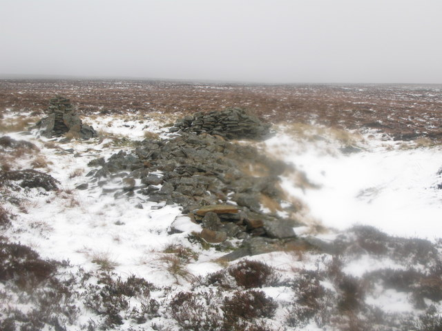 Ruin near the trig point on  Hill 607 (2)