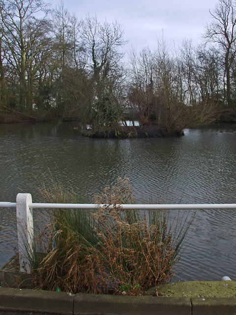 The Mere, South Dalton