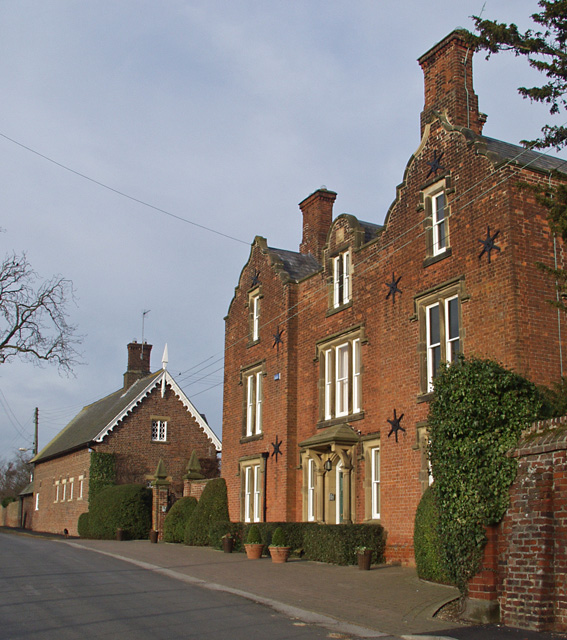 High Hall, Etton