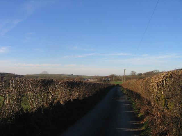 Ffordd Wledig ger Bryn Wyre, Lledrod / Country Lane near Bryn Wyre, Lledrod
