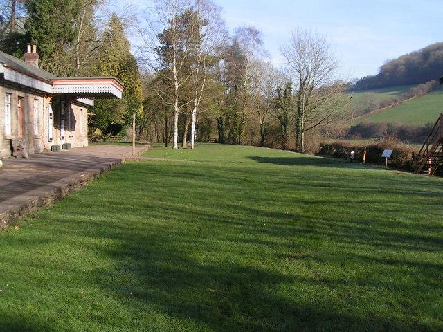 Empty platform at Tintern