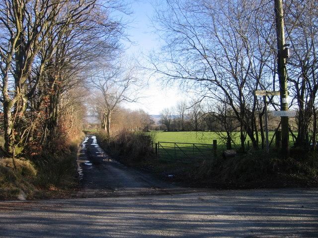 Cyffordd Ffordd / Road Junction
