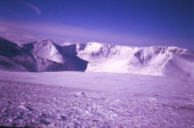Cairn Toul to Braeriach from Ben MacDhui
