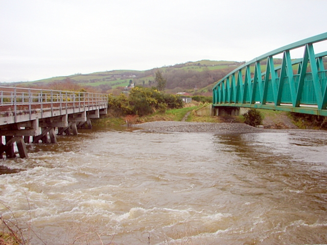 Twin bridges across the Rheidol