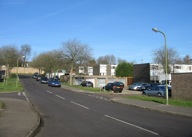 Looking up Packenham Road