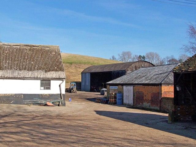 Farm buildings at Gore Farm