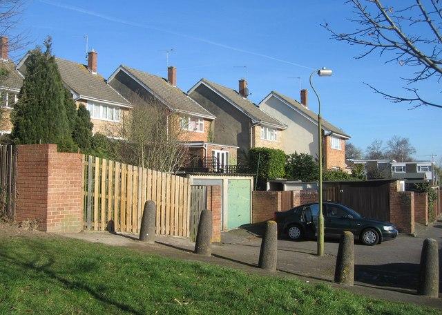Housing off Packenham Road
